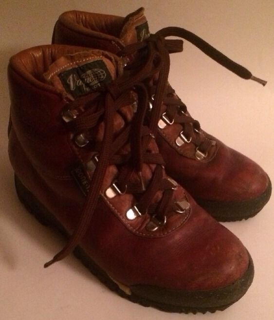 834ad4b3aa3 VASQUE Vintage 90s Hiking Mountaineering and 42 similar items