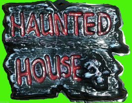 Gothic Warning Sign-HAUNTED HOUSE-Wall Door Plaque Halloween Prop Decora... - $4.92