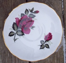 Colcough England Bone China Saucer Deep Red Roses No H 46 7 - $5.00