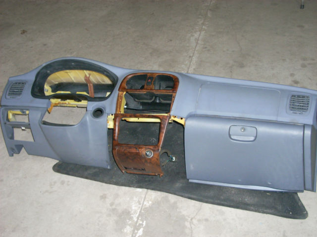 1113  dash panel with airbag