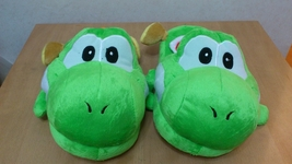"Super Mario Bros Soft Plush Furry Slippers Yoshi 11"" - Yellow Bird - €7,90 EUR"