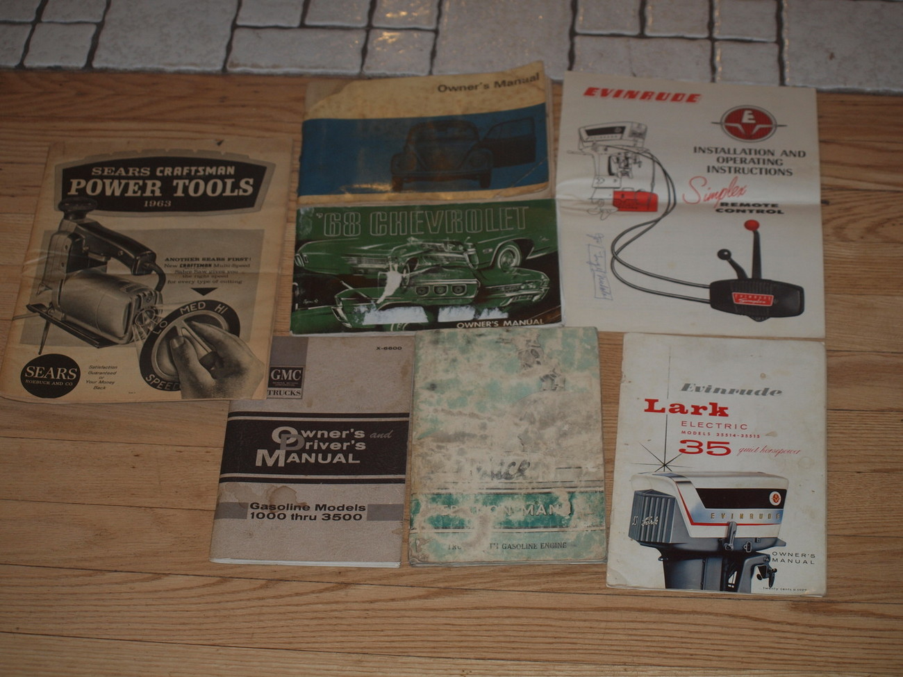 VINTAGE AUTO AND BOAT OWNERS MANUALS