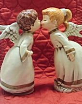 Vintage Kissing Angels Christmas Decor // Music... - $17.00