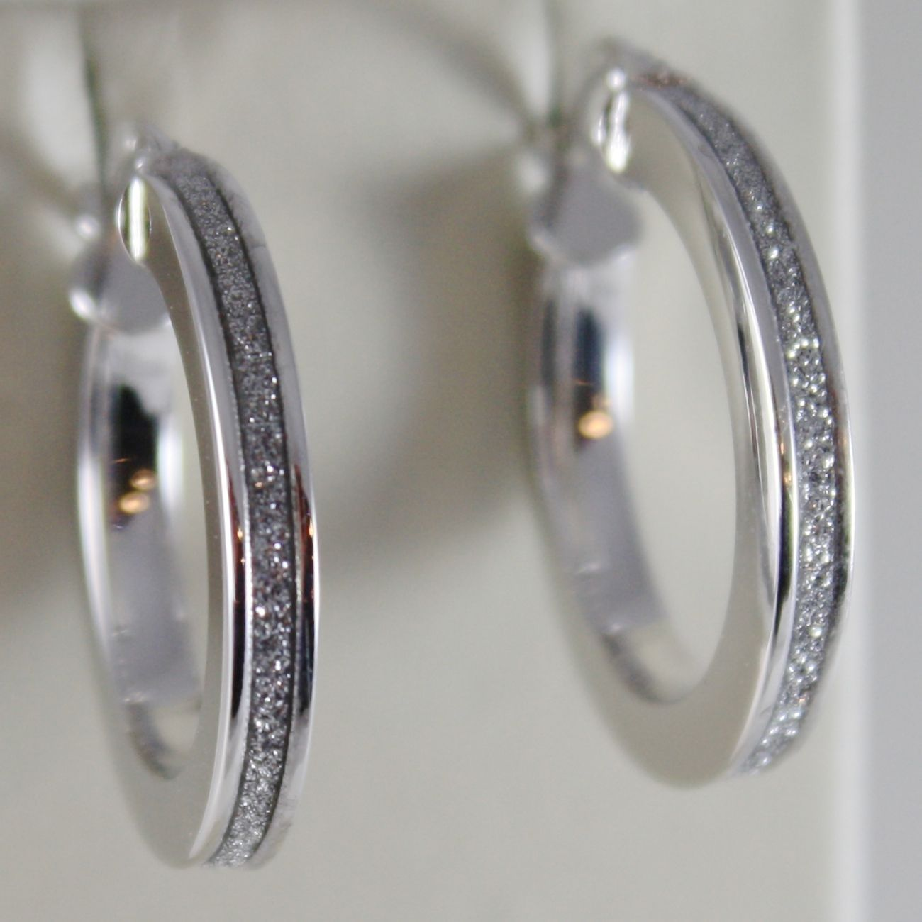18K WHITE GOLD CIRCLE HOOP EARRINGS 21 MM, GLAM LUMINOUS BRIGHT, MADE IN ITALY