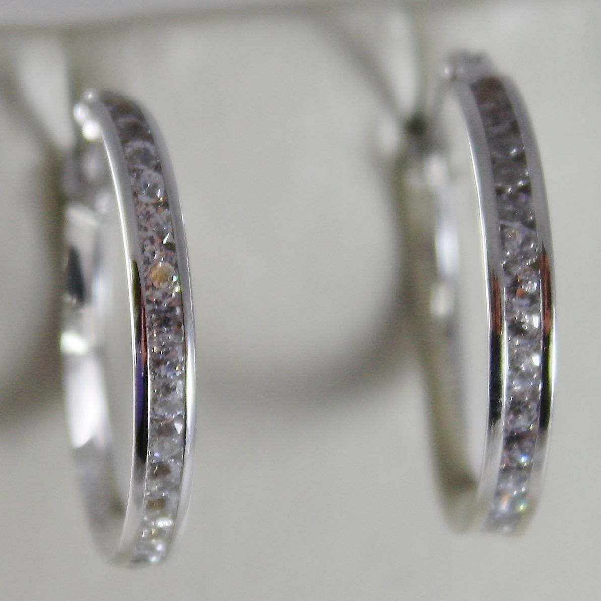 18K WHITE GOLD EARRINGS HOOP 20 MM DIAMETER WITH ZIRCONIA 1.48 CT MADE IN ITALY