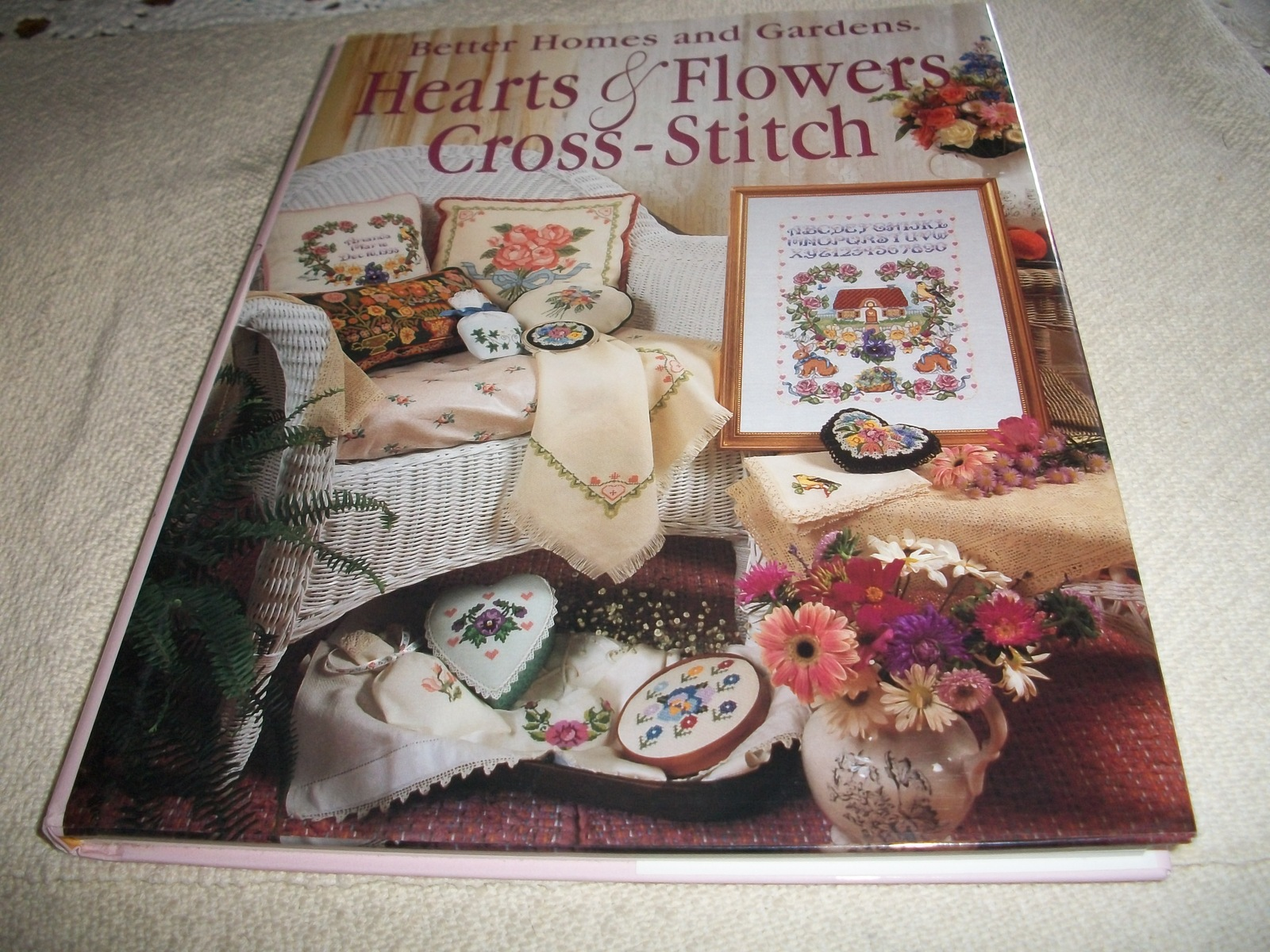Primary image for Better Homes and Gardens Hearts & Flowers Cross-Stitch