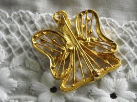 Vintage Small Gold Tone Angel Pin With Rhinestones & Mother Of Pearl Face image 3
