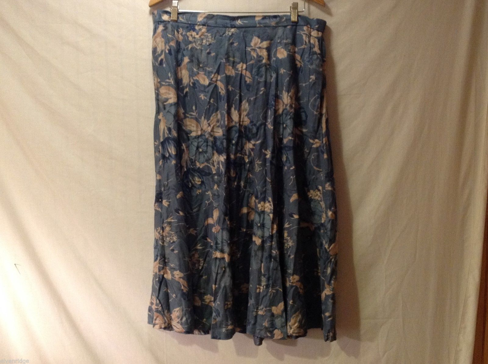 Womens Koret Slate Blue long Flowing skirt, size 20W