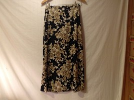 Womens First Option Black Floral long Flowing skirt, size Small