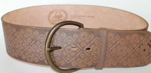 1969 Gap Women's Jeans Embosed Leather Boho Belt Made in the USA Size Small