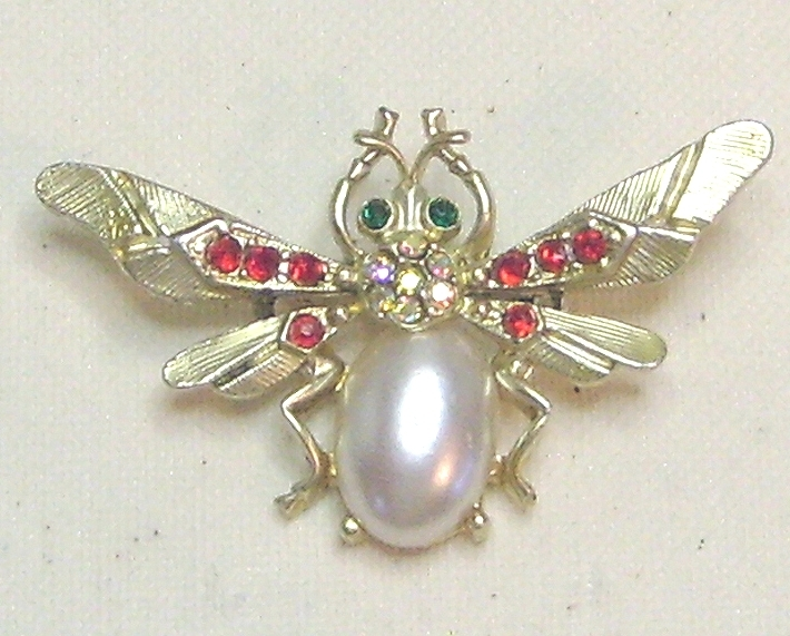 Vintage Rhinestone Gold Tone Jelly Belly Beetle Bug Pin Brooch