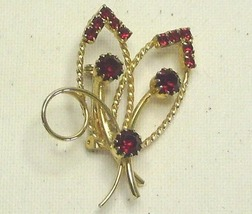 Vintage Red Rhinestone & Gold Tone Floral Pin Brooch - $13.99