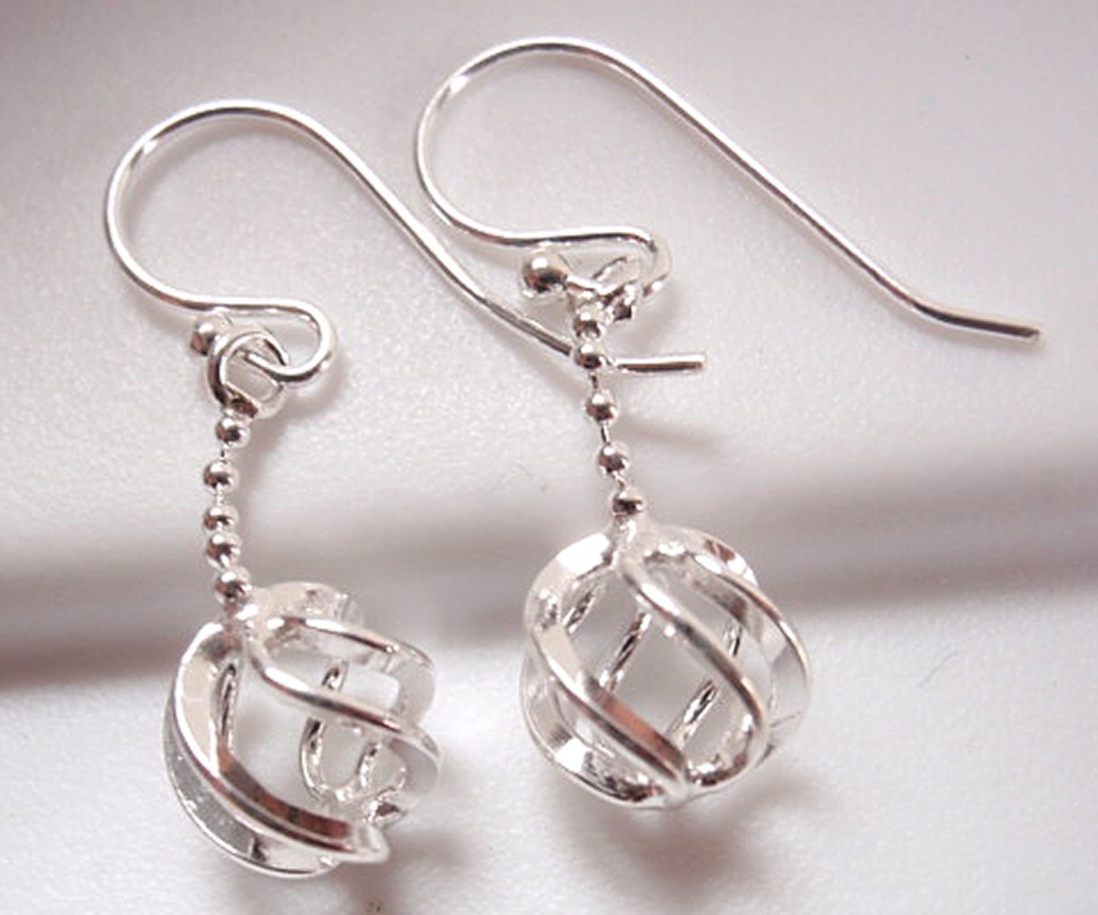 Globe on Chain Earrings 925 Sterling Silver Dangle Corona Sun Jewelry - $9.89