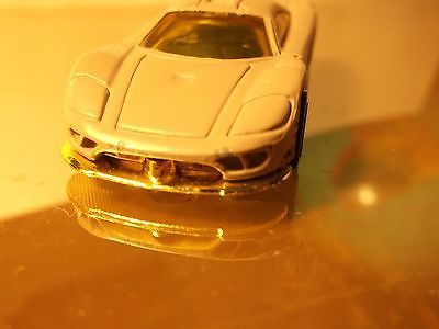 HOT WHEELS    SALEEN S7    1/64 DIECAST  B1-3-9