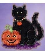CLEARANCE Wendy's Cat Autumn Harvest 2015 seasonal ornament kit Mill Hill - $4.50