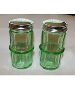 New Emerald Green Hoosier Style Salt and Pepper Shakers Depression Glass Retro - £10.90 GBP