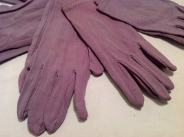 Lot of 7 pair of multipurpose purple gloves, and 1 pair of white gloves image 4