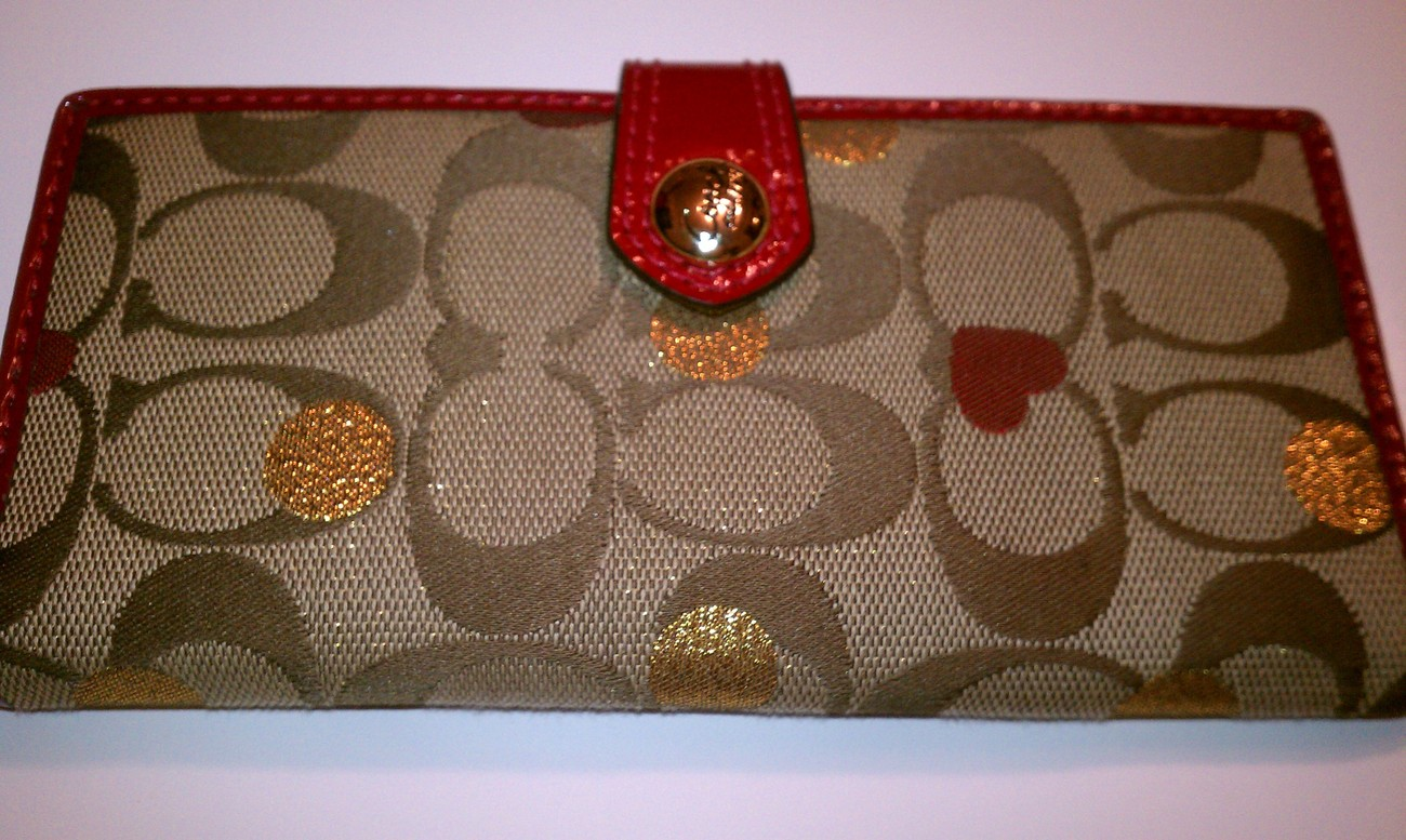 Primary image for COACH Laura Secret Admirer Mutifunction Case ID Wallet NWOT 47129