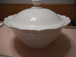 Corningware Stoneware Covered Dish Casserole White - $22.00