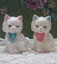 Vintage White Kittens With Bows Salt & Pepper Shakers // Cat S&P Shaker Set - $9.50