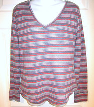 BDG Urban Outfitters top sz L soft striped v-neck - $10.00