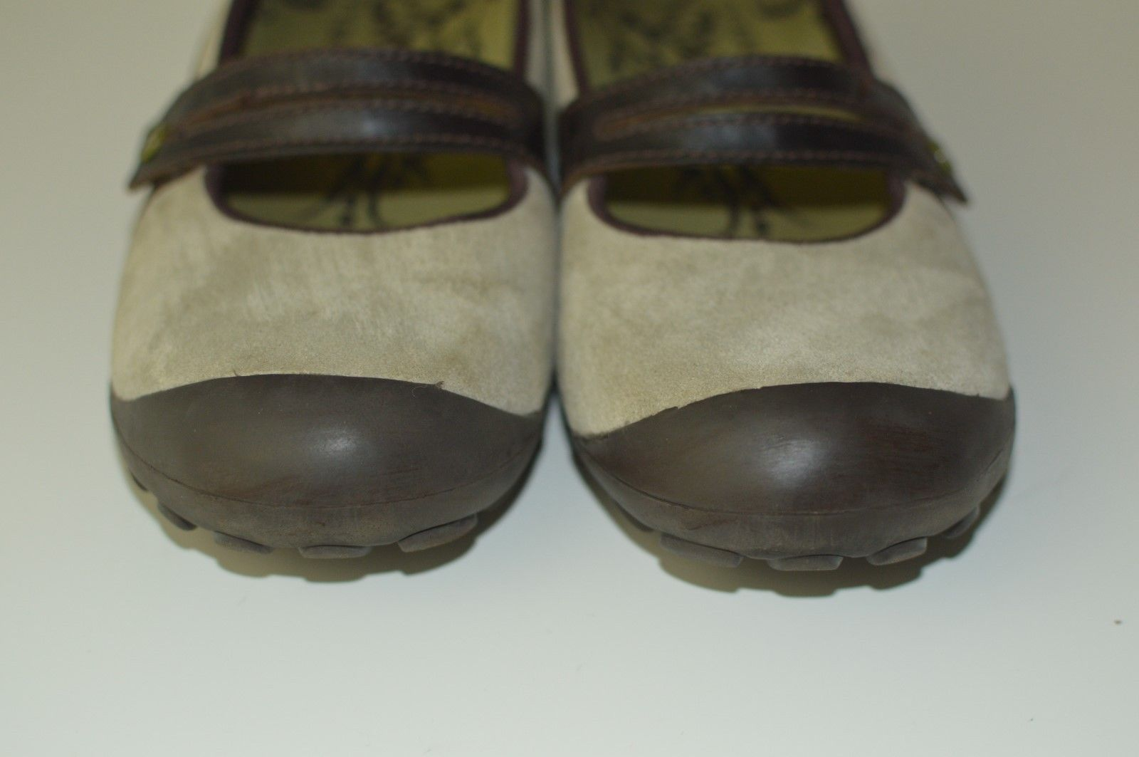 MERRELL TAN SUEDE AND BROWN LEATHER MARY JANES WOMENS SHOES SIZE 10