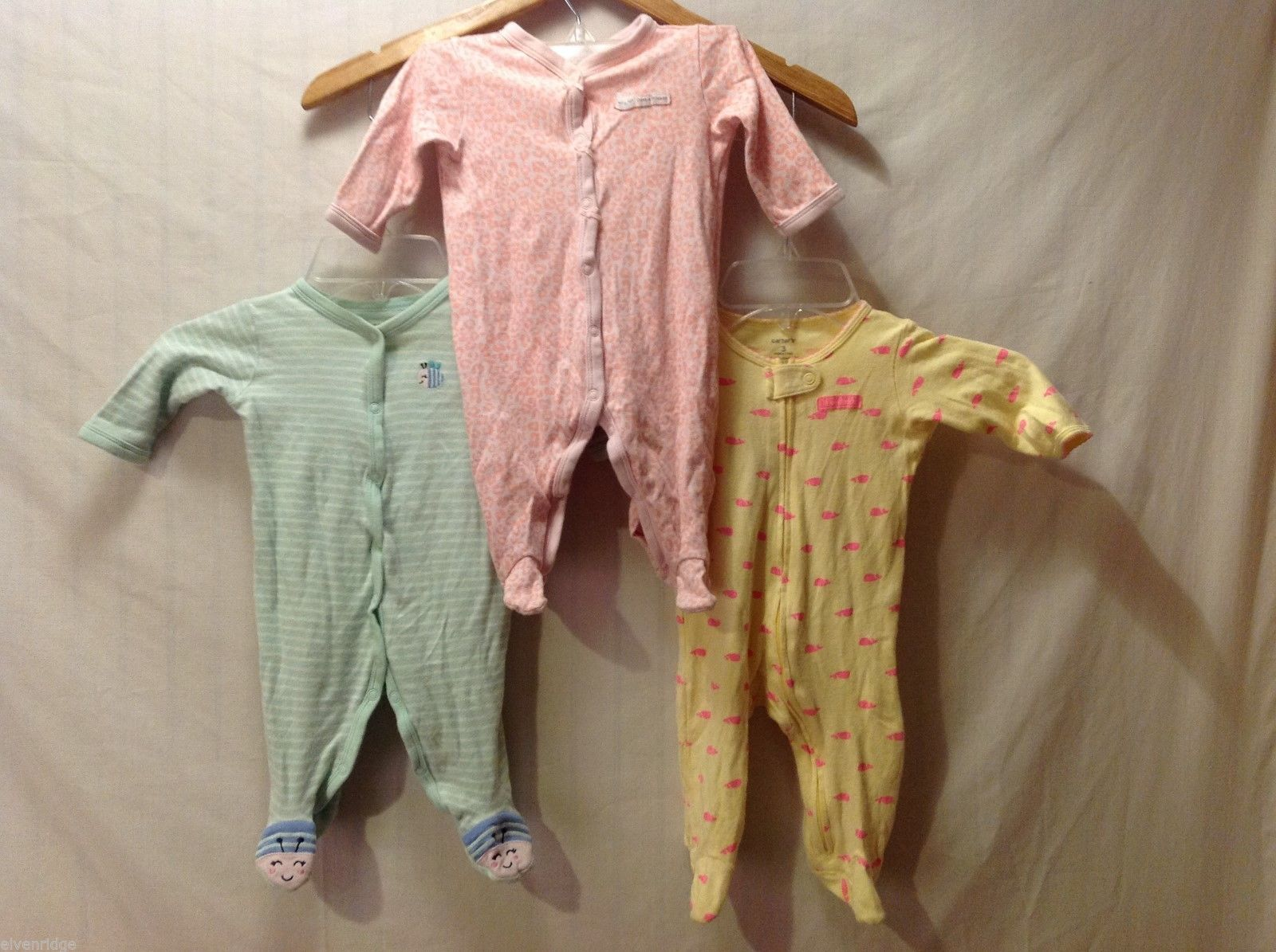 Carter's Lot of 3 baby girl snap up sleep and play outfits, Size 3 months