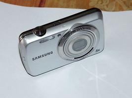 Samsung PL22 14.2 MP Digital Camera - Silver - Boxed - $61.58