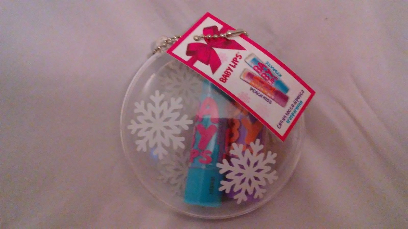 Maybelline Baby Lips Ornament Featuring Peach Kiss and Hydrate Baby Lips Gloss