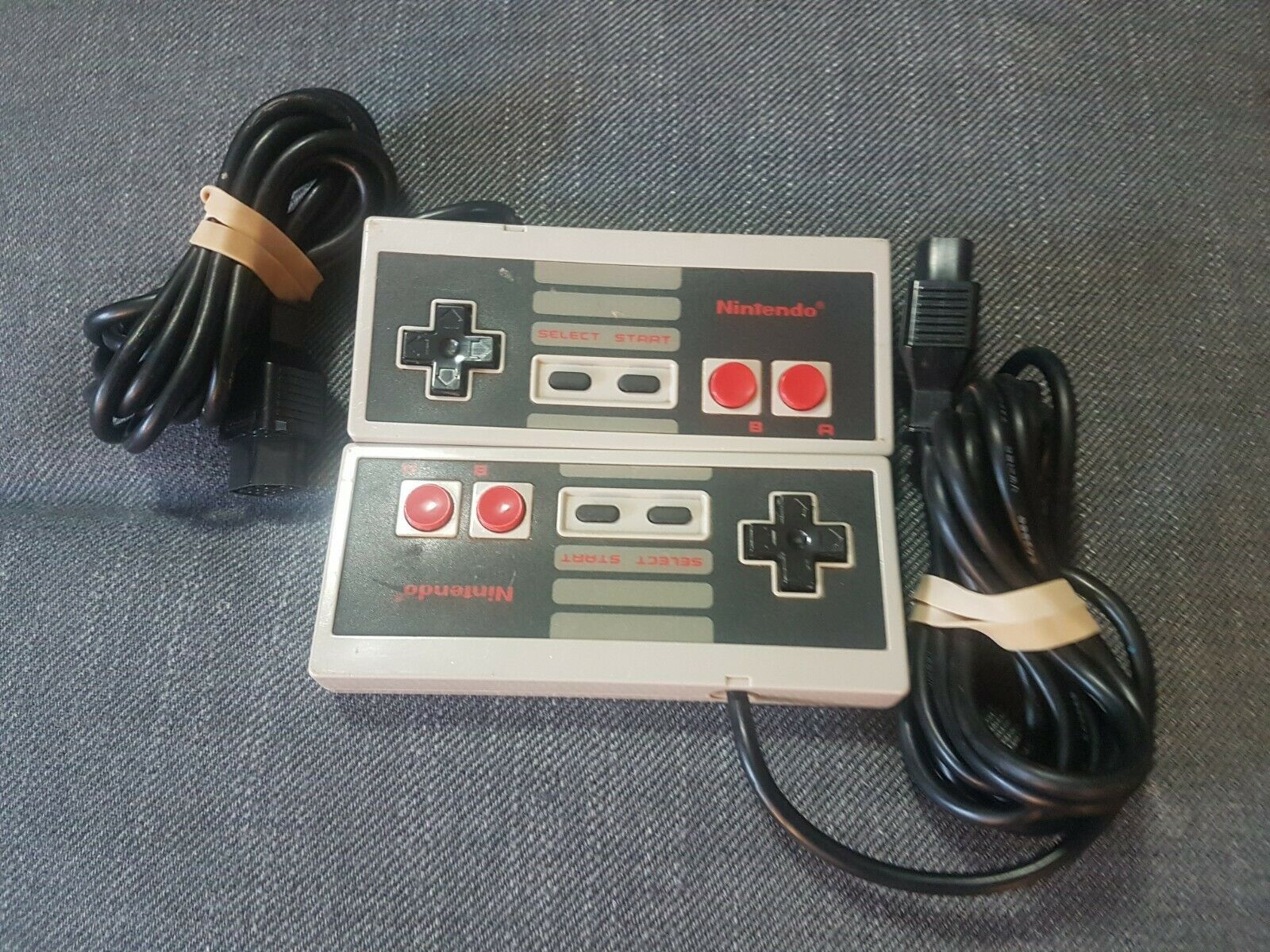 2 Original NES Nintendo Entertainment System Controllers *Not Tested* AS IS