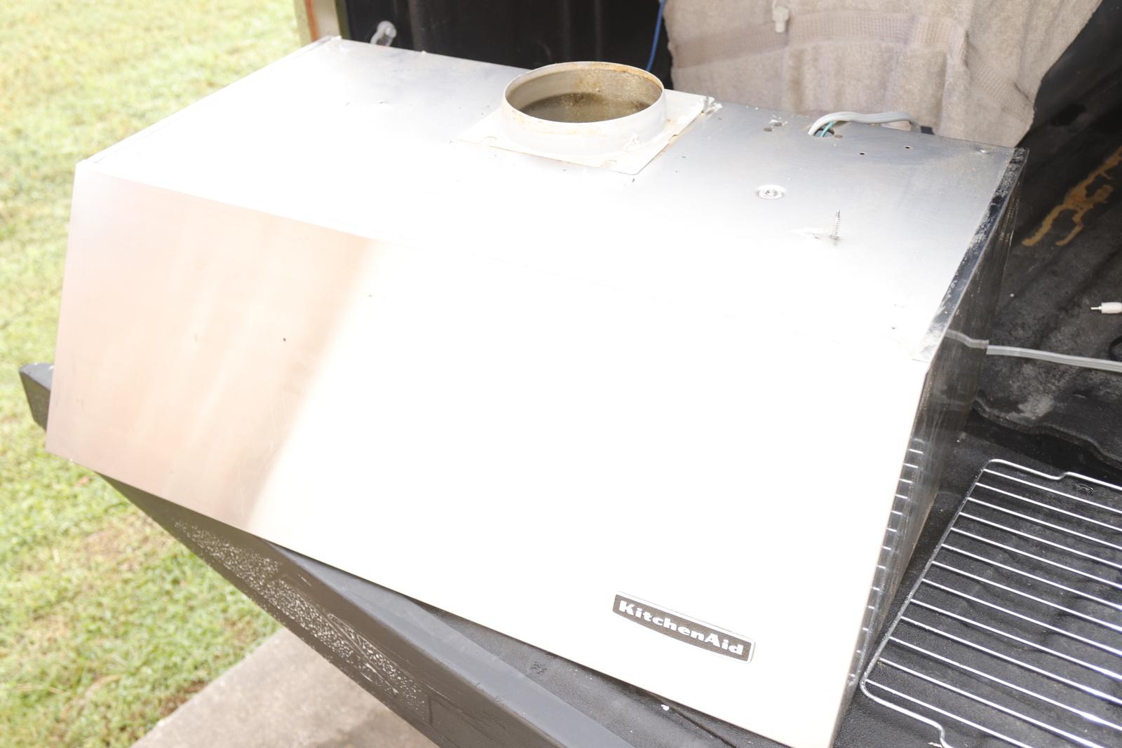KITCHENAID RANGE HOOD MODEL KHTU105RSS1 USED-NEEDS CLEANING-06/19 - $479.00