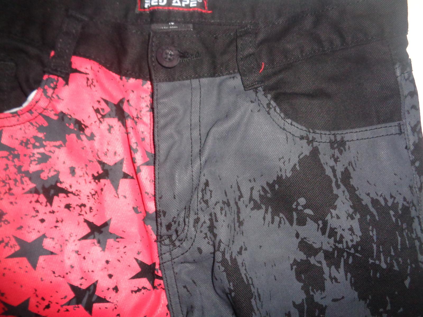 Boy's RED APE Jeans NWOT 28/27 Black Flag Stars