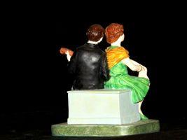 """Serenade"" by Norman Rockwell Figurine AA19-1659 Vintage image 4"