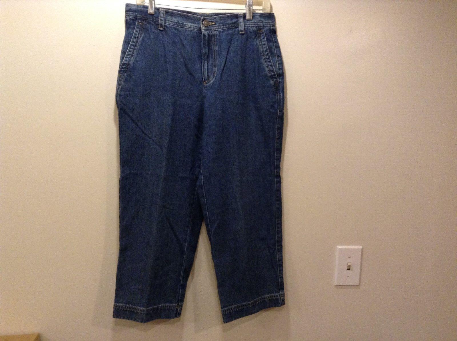 Liz Claiborne Cosette Med Wash Cropped Ladies Blue Jeans/Capris Sz 8