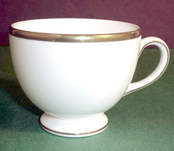 Wedgwood California Tea Cup Gold Rimmed Made in U.K New - $21.99