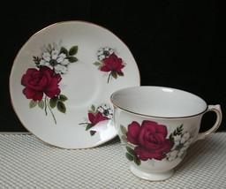 Vintage Queen Anne VIVID RED ROSE Bone China TEA CUP & SAUCER Ridgeway EUC - €12,46 EUR