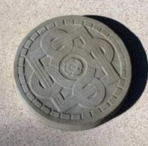 "1 DIY 14""x2"" ROUND CELTIC STEPPING STONE MOLD MAKE CRAFTS AT HOME FOR $1.00 EACH image 6"