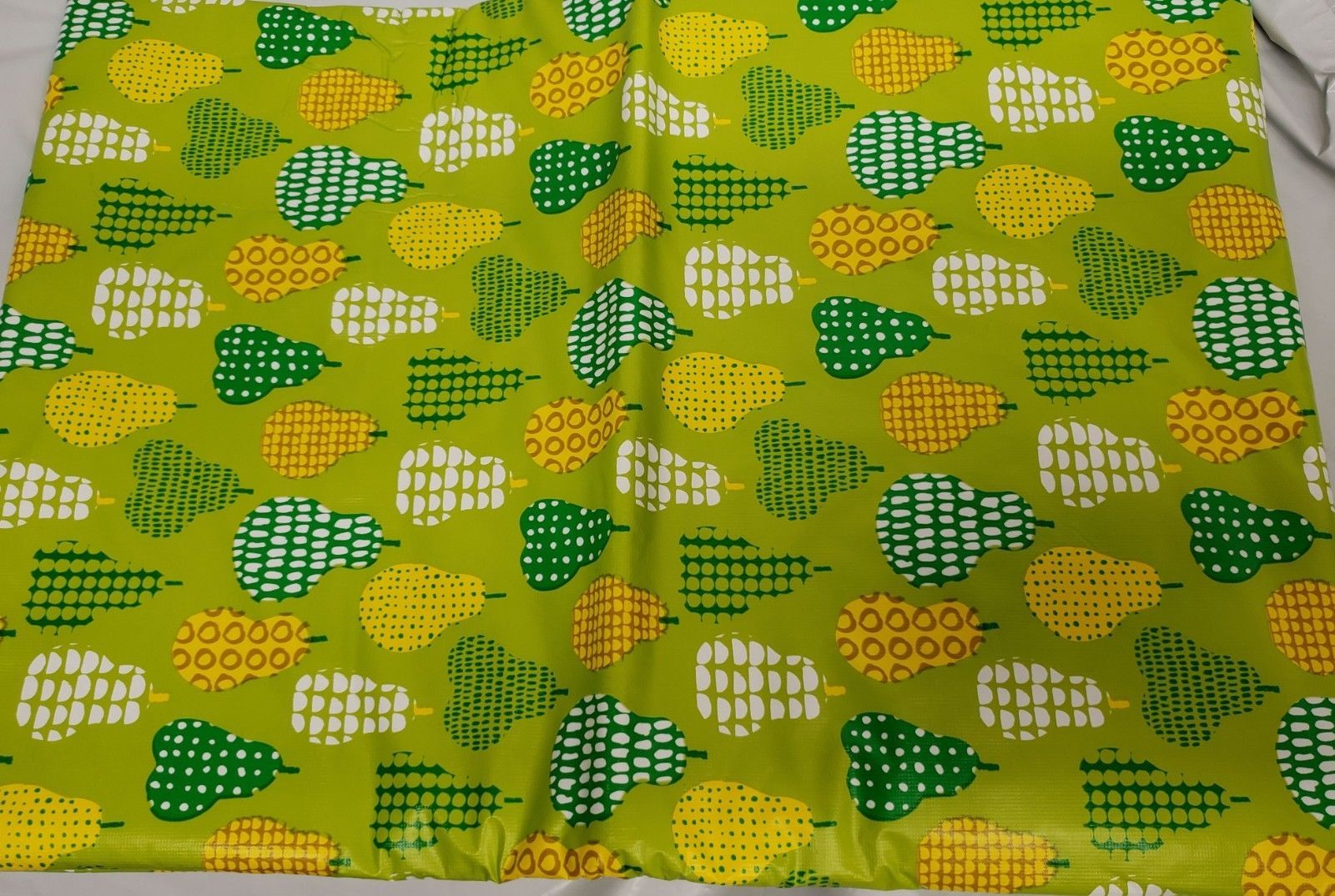 "FLANNEL BACK Vinyl Tablecloth 60"" Round (4-6 people), PEARS ON GREEN by SL - $15.83"