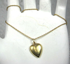 14kt Gold Puffy Heart And Chain Necklace Small Engraved 1950s Heart Valentine - $188.00