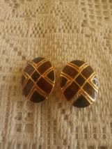 Vintage Black & Brown Enamel Oval Clip On Earrings - $4.00