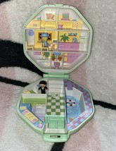 Vintage Polly Pocket Bluebird 1990 Polly's School Compact & Dolls *Complete Set - $39.99