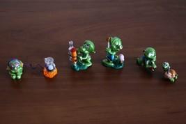 Kinder Surprise Egg Set Super Spacys figurines - $7.99
