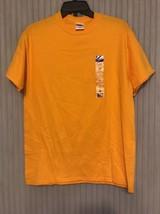 Gildan Ultra Cotton T- Shirt Size M Ships N 24h - $16.81