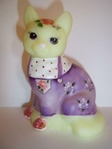 Fenton Glass Buttercream Easter Outfit Spring Sitting Cat GSE #1/12 Kim ... - $125.62