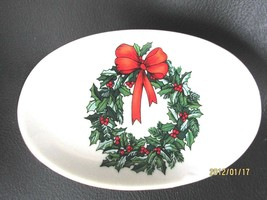 Vintage Ceramic Holiday/Christmas Soap Dish Holly Wreath With Bow & Gold... - $10.88