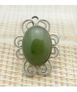 Green Agate Stone Oval Silver Tone Flower Floral Necklace Pendant Vintage - $24.74