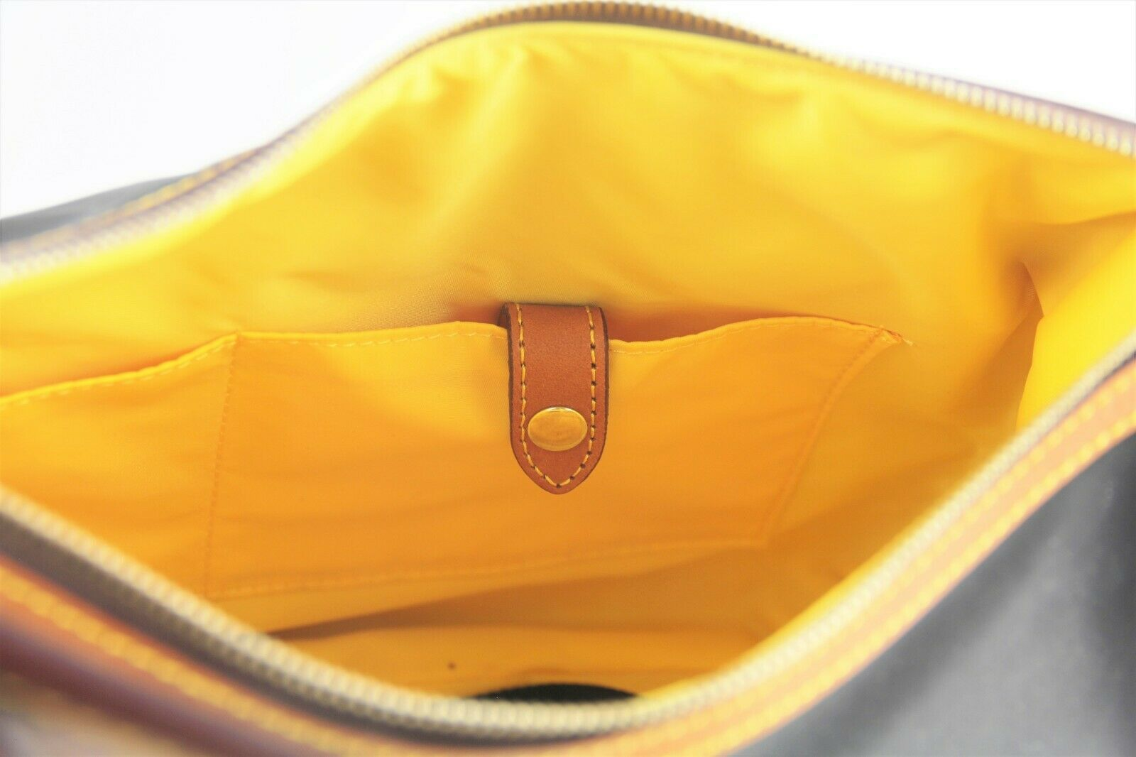 AUTHENTIC DOONEY & BOURKE NYLON LEATHER TRIM HOBO SHOULDER BAG PURSE HANDBAG