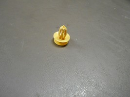 13 14 15 Chevrolet Chevy Sonic Sedan Front Door Panel YELLOW Mounting Clip - $1.00