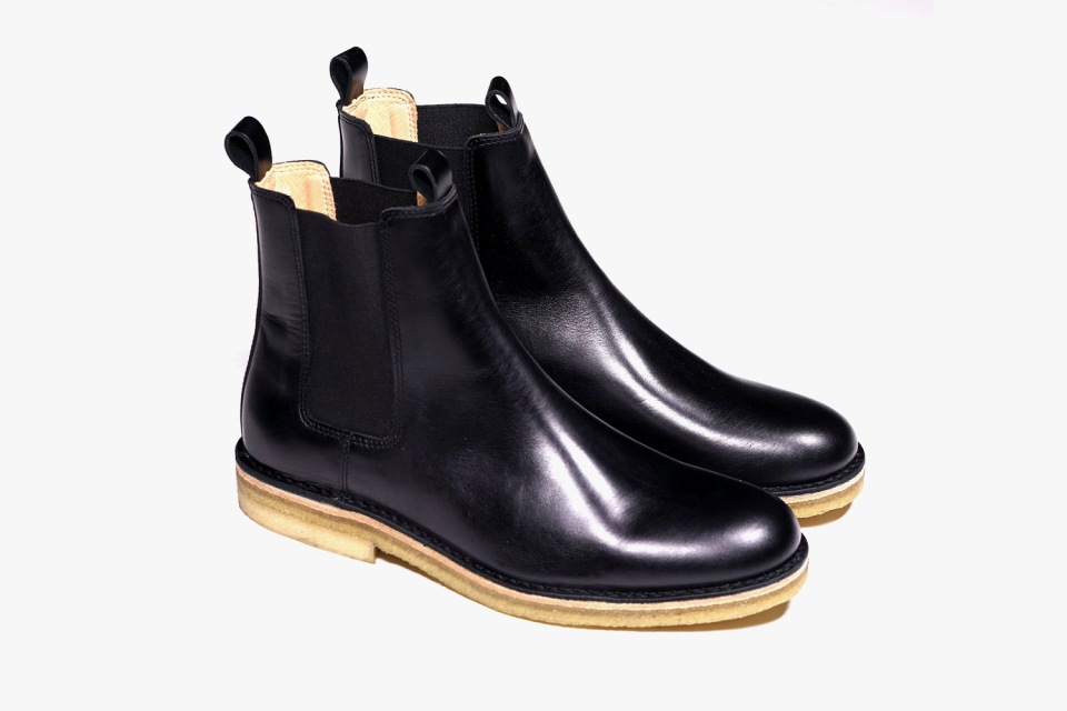 handmade mens chelsea leather boots with crepe sole