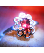 Garnet_ring_thumbtall